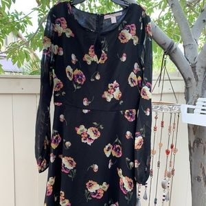 Forever 21 Floral Dress, size small.